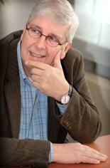 Eerste hoogleraar Geneesmiddelenbewaking en Geneesmiddelveiligheid in Groningen benoemd: Prof.dr. Cees A.C. van Grootheest.